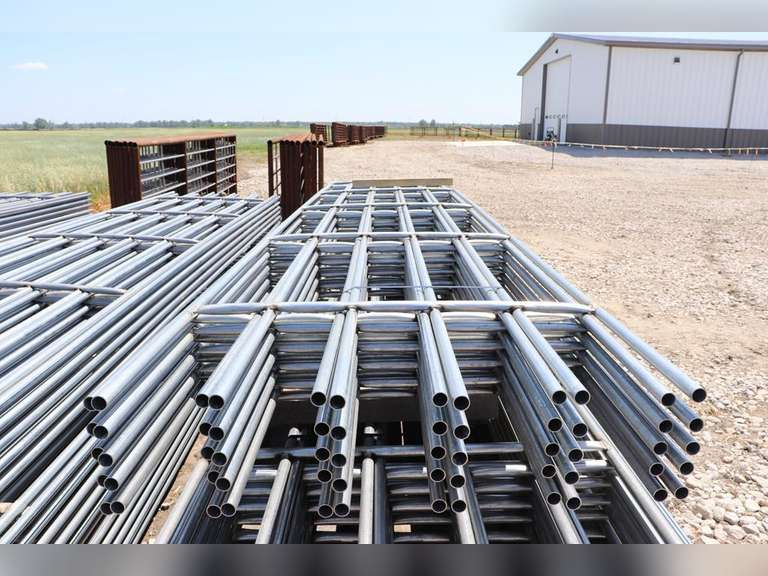 New 20 ft. continuous fence panels, 6 bar, 1 bag of connectors included, sold 10 x bid