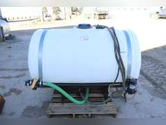 Patriot 300 gal. front mount tank with bracket for Case IH