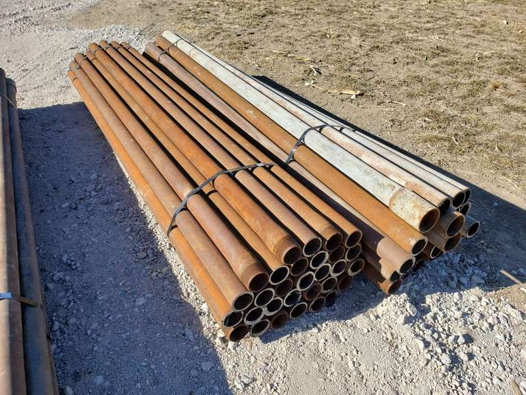 "(60) 9 FT x 2 7/8""s Oilfield Pipe Fence Posts"