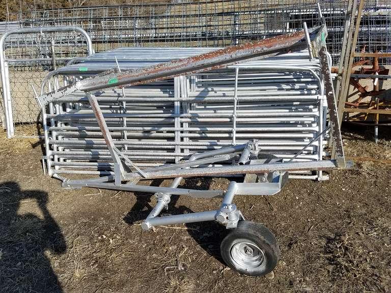 (20) Panels W/Cart - 3' x 8'