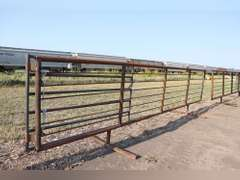 24ft. Free Standing panel with 7.5ft gate