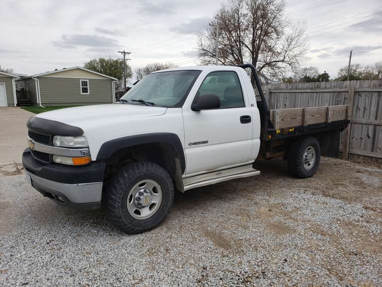Charlies Lawn Busters Online Auction
