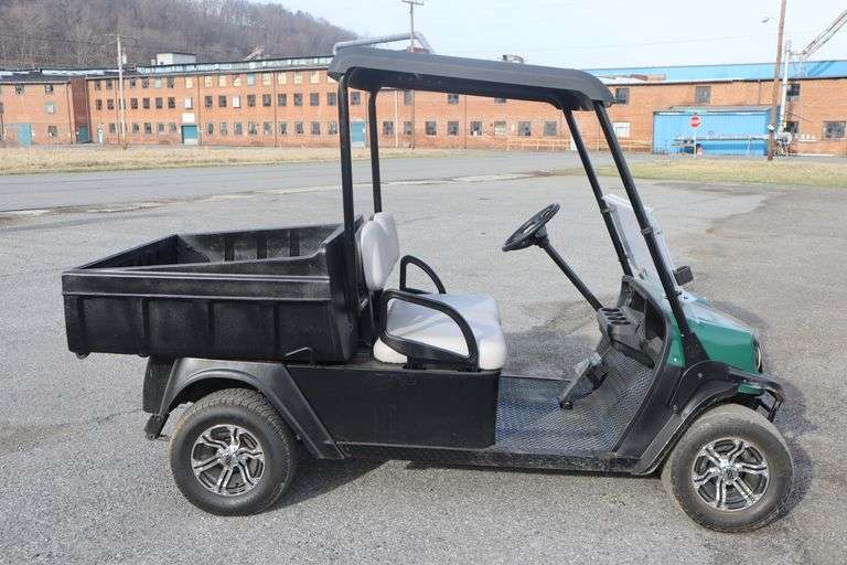 Outdoor Recreational & Sporting Goods Auction