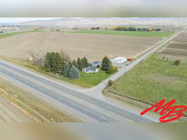 3 Road 2EC Cody, WY 82414