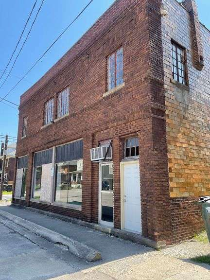 Commercial Building Selling Via Absolute Online Only Auction! Huntington, IN