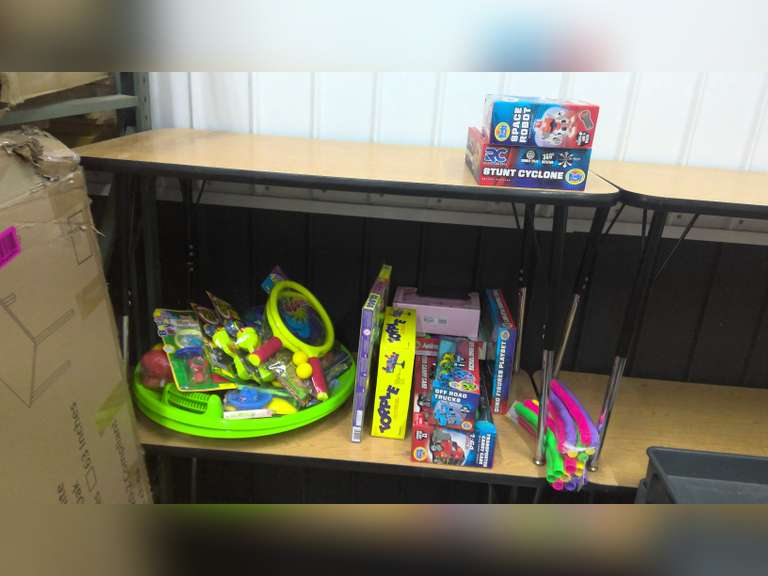 NEW TOYS AND GAMES, EVEN REMOTE CONTROL AND LEARNING TOYS!!! $1.00 STARTS BID