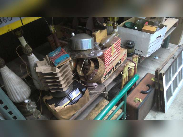 LORAIN OHIO ATTIC CLEAN OUT, VINTAGE TOYS AND MORE, $1.00 STARTS BID