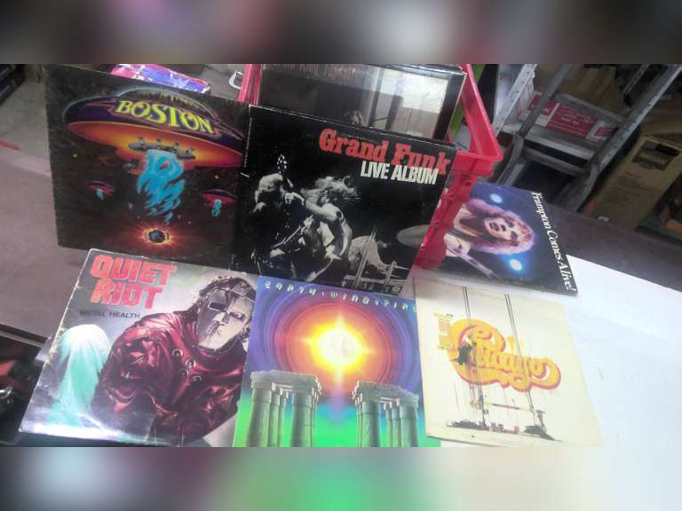 CLASSIC ROCK RECORDS SOLD BY THE BOX, ONLY $1.00 STARTS BID