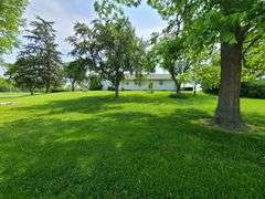 * NEW LISTING* Ref 1455 - 13811 Wildwood Rd., Lawrenceville, IL  62439