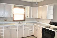 3 Bedroom 1 Bath Home in Lenzburg, IL