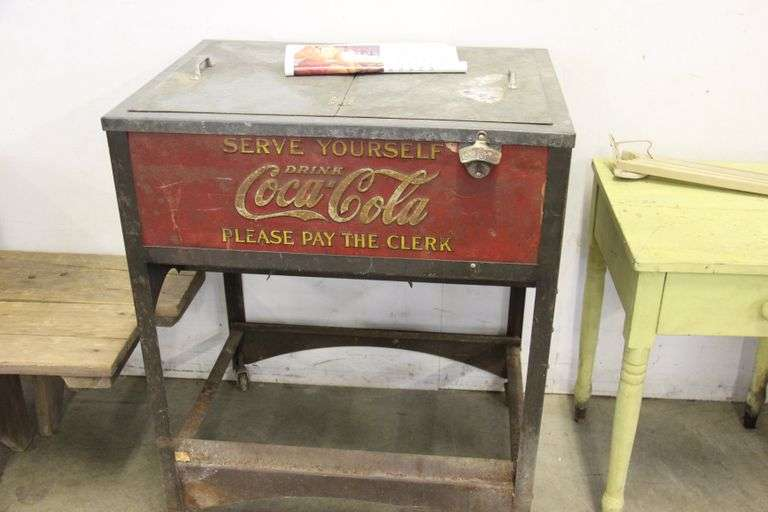 IMHOFF  ANTIQUE & COLLECTIBLE AUCTION