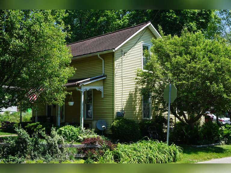 Absolute Millersburg Home and Personal Property Auction