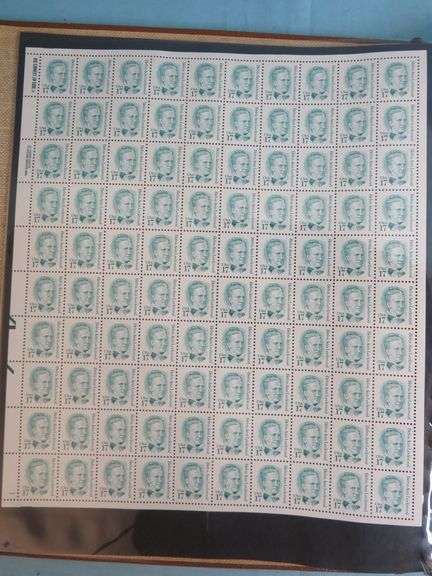 American Commemorative Stamp Albums & Stamps
