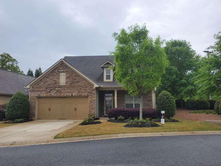 3BR/ 3BA 2678sf Detached Condo Home in Austell