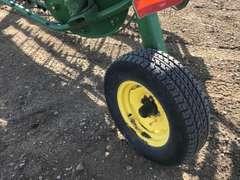 John Deere 705 Hay Rake