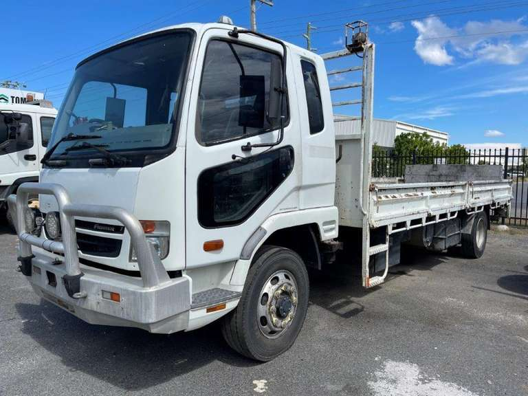 2009 Mitsubishi Fuso FK 600  Fighter 7 Drop Side Truck