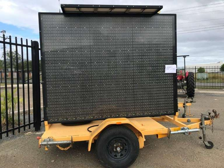 2009 Giga Signs Variable Message Sign Board