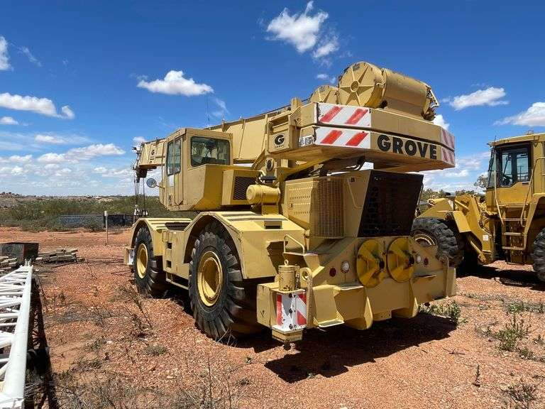 Grove RT760 Rough Terrain Crane