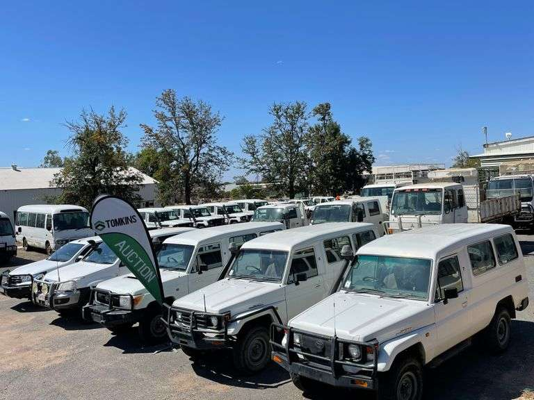 Motor Vehicles & Buses ONLINE Auction - Emerald QLD A/C Department of Agriculture & Fisheries