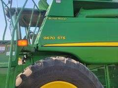John Deere 9670 STS Combine