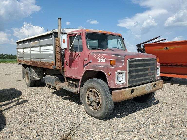 1988, INTERNATIONAL HEAVY VEHICLE, Truck
